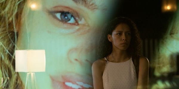 Chambers Review: A Muddled Horror Story Stumbles Through Identity & Grief