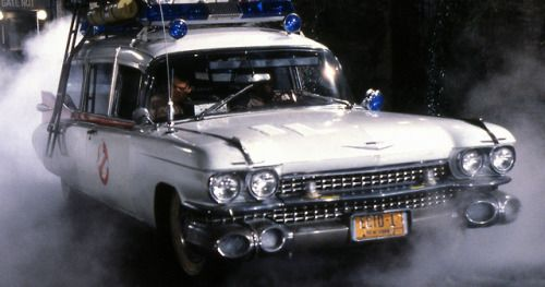 Ghostbusters 2020 Set Video Shows Upgraded Ecto-1 in ActionA new