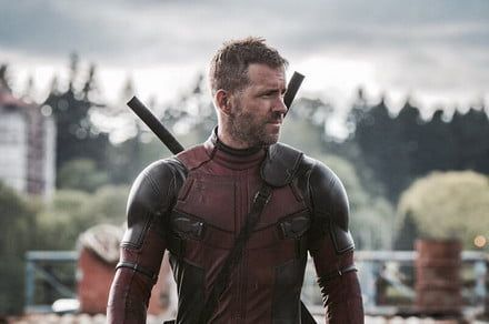 Ryan Reynolds, Michael Bay, Deadpool writers to produce Netflix-exclusive film