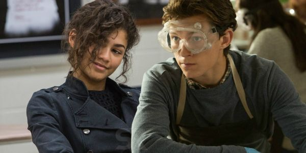 Spider-Man & M.J. Get Flirty in Far From Home Set Video