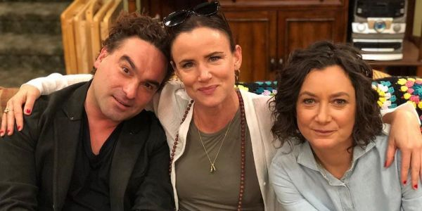 Conners Confirms Johnny Galecki Returning as David in Juliette Lewis Casting