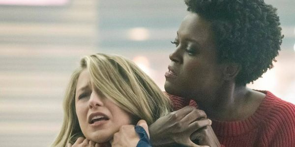 Supergirl Fights A Second Worldkiller In New Image