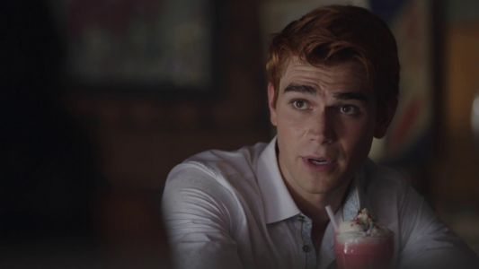 Comic-Con: Riverdale Season 3 Sneak Peek & 2018 Highlight Reel