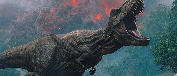 """'Jurassic World: Fallen Kingdom' Director J.A. Bayona Talks About Creating That """"One Shot"""" Sequence and More"""