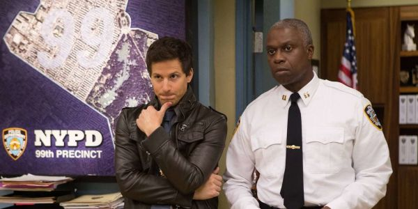Brooklyn Nine-Nine: Jake Peralta's 10 Best Undercover Identities