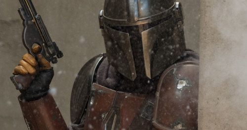 The Mandalorian First Look Photos & Poster Reveal New Star