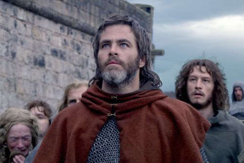 'Outlaw King': Here's How to Find Chris Pine's Full-Frontal Scene
