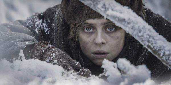 Ashes in the Snow Trailer: Bel Powley Draws What She Sees