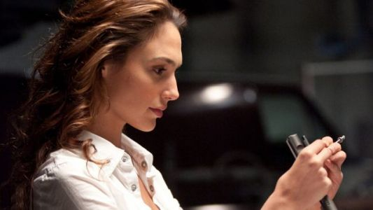 Gal Gadot Reteams With The Rock For RED NOTICE