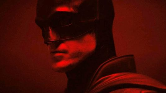 New The Batman Image: The Dark Knight Oversees His Domain
