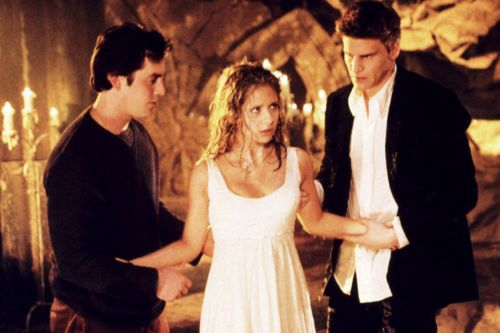 Nobody Cares That 'Buffy the Vampire Slayer' Is Streaming On Facebook