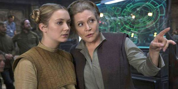 Billie Lourd Says American Horror Story Saved Her Life After Mom Carrie Fisher Died