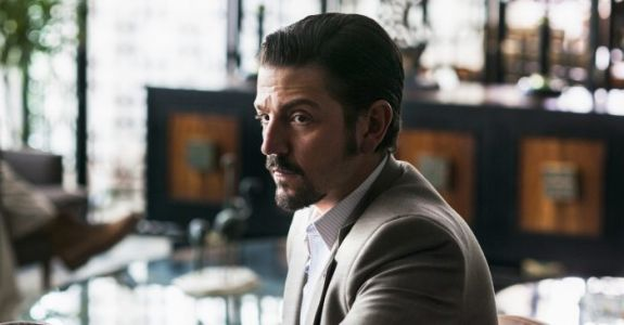 'Narcos: Mexico' First Look: Diego Luna and Michael Pena Fight the Mexican Drug War in Season 4