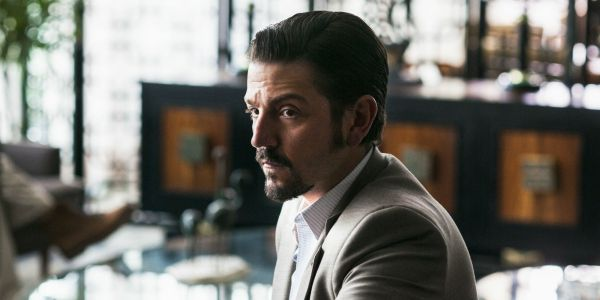 Narcos: Mexico Stars Diego Luna & Scoot McNairy Returning for Season 2