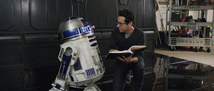 'Star Wars: Episode 9' Has a Script; J.J. Abrams to Begin Filming in July