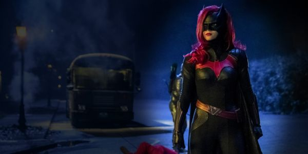 The CW's Batwoman TV Show Trailer & Poster Are Here!