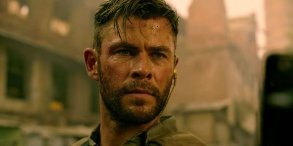 Chris Hemsworth Drops Fun New Behind-The-Scenes Photos From Extraction