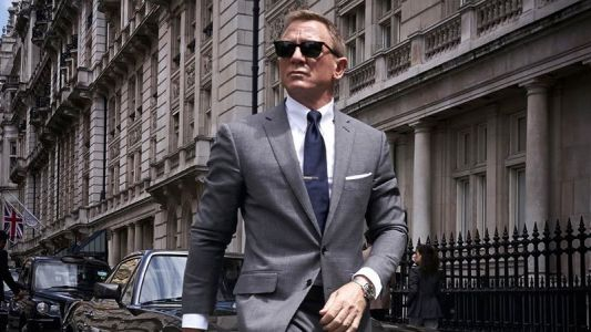 First Official Photo of Daniel Craig From Bond 25 Revealed