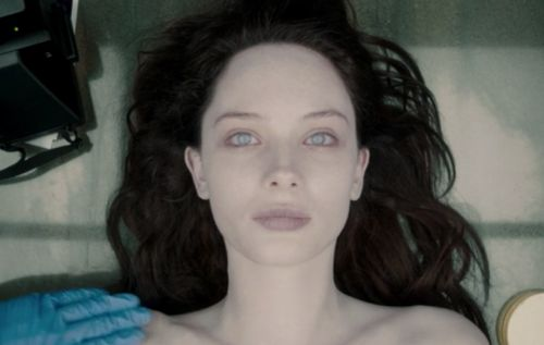 The Art of Playing Dead in 'The Autopsy of Jane Doe'