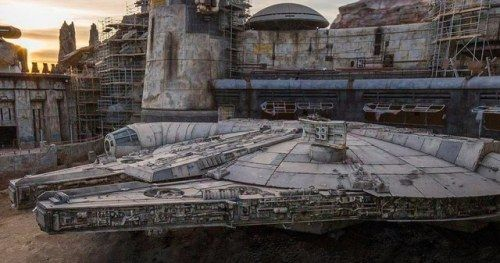 Star Wars: Galaxy's Edge Photo Shows Off