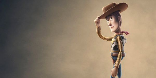 Toy Story 4 International Poster Unites The Gang & Includes New Toys