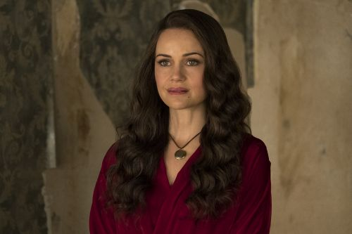 Netflix's 'Haunting of Hill House' Brings Nightmares to Life in First Trailer