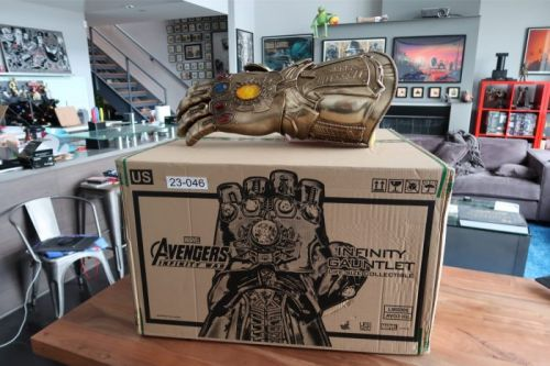 Video: Watch Us Unbox The Life-Size Infinity Gauntlet Replica from Hot Toys/Sideshow Collectibles