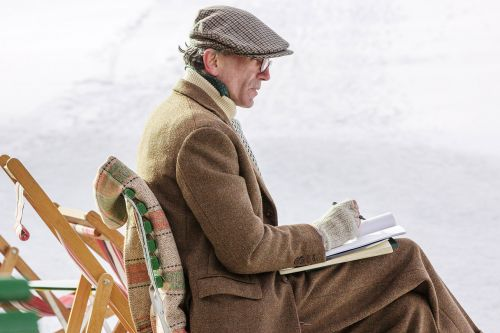 'Phantom Thread' Captures the Experience of Being an Only Child Better Than Any Other Movie
