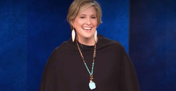 Stream It or Skip It: 'Brené Brown: The Call to Courage' on Netflix, a Quadruple-Sized TED Talk Crossed With Standup Comedy
