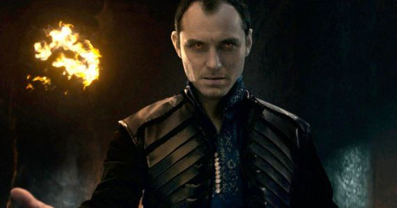 Latest Captain Marvel Photos Welcome Jude Law to Set