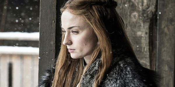 Game of Thrones: Sophie Turner Blames Emilia Clarke for Coffee Cup