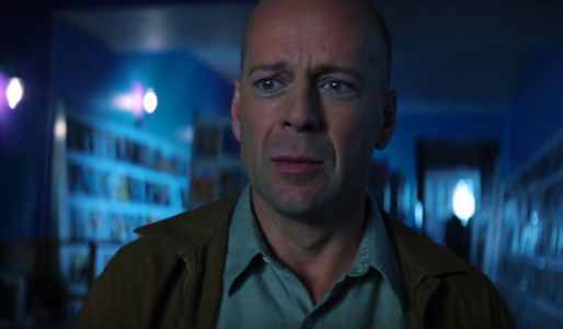 First Glass Footage From M. Night Shyamalan Is Creepy, Thrilling And Fantastic