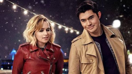 Last Christmas Photo Delivers First Look at Emilia Clarke & Henry Golding