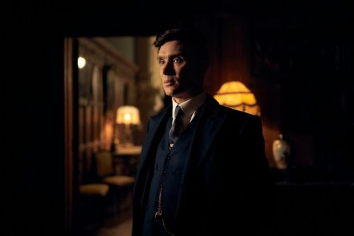 Peaky Blinders Season 5 Premiere Date and First Look Photos