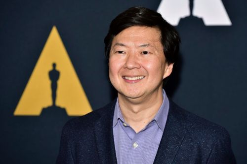 Ken Jeong To Topline CBS Comedy Pilot From 'Crazy Rich Asians' Author Kevin Kwan