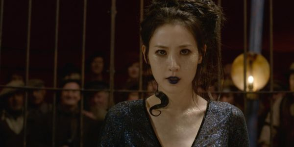 The Weird Instructions Claudia Kim Was Given To Play Nagini The Snake In Fantastic Beasts