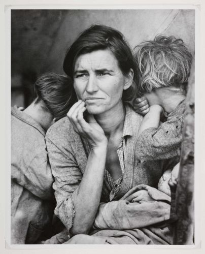 How Dorothea Lange Shot, Migrant Mother, Perhaps the Most Iconic Photo in American History