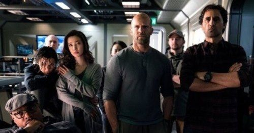 Jason Statham Leads His Crew in New Look at Giant Shark Thriller