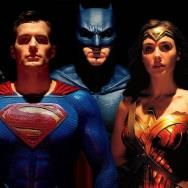 Today in Movie Culture: Justice League vs. Watchmen Fan Trailer, 'Jurassic World: Fallen Kingdom' in Lego and More
