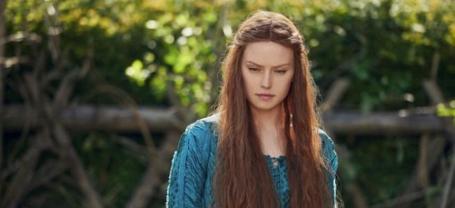 'Ophelia' Trailer: Daisy Ridley is the Doomed Heroine of 'Hamlet'