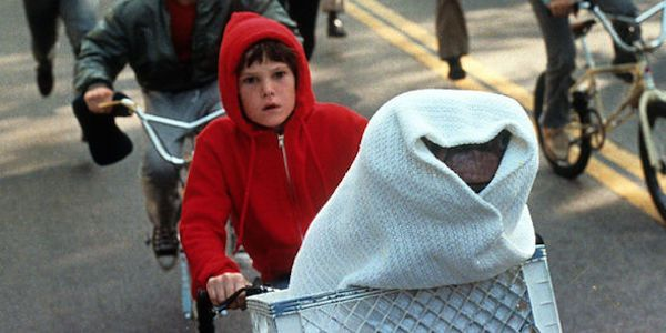 E.T.'s Henry Thomas Reveals When He Thinks The Movie Will Be Revamped