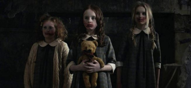 'Malevolent' Trailer: Phony Psychics Get More Than They Bargained For in a Real Haunted House