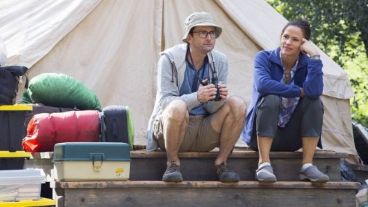 Jennifer Garner is Instagram Famous in the New HBO's Camping Clip