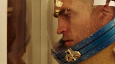 Trailer Watch: Robert Pattinson Gets Weird in Claire Denis's 'High Life'