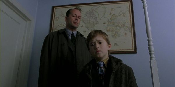 20 Crazy Details Behind The Making Of The Sixth Sense