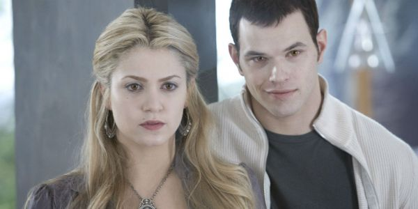 Twilight Star Kellan Lutz Thinks An Emmett/Rosalie Spinoff Could Work