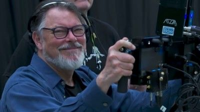 Jonathan Frakes Shoots to Thrill