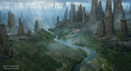 Best Look Yet At Disneyland's Star Wars: Galaxy's Edge