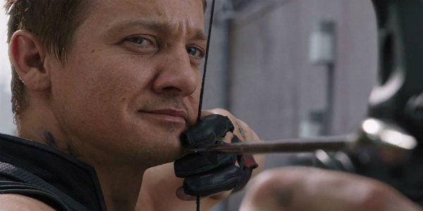 Jeremy Renner Shared A Hawkeye Image Setting Up For Avengers 4