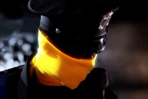 'Watchmen' First Look Introduces a Yellow-Clad Law Enforcement Officer